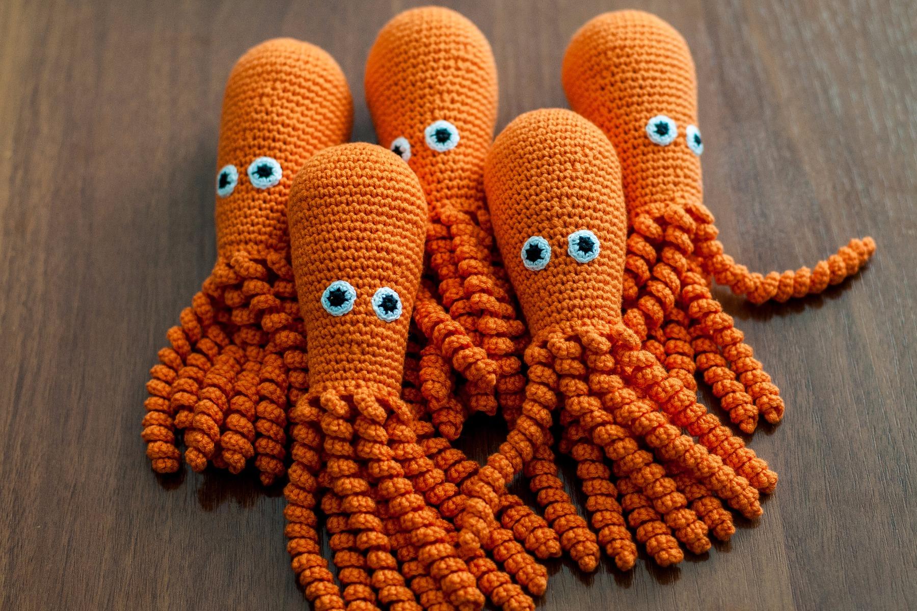 Також на честь свята перинатальний центр Тернополя отримав помаранчевих  Восьминіжків 858e99969e977